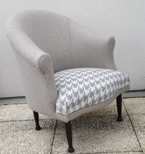Petit fauteuil crapaud des années 80